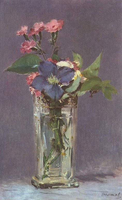 گلها در ظرف کریستال