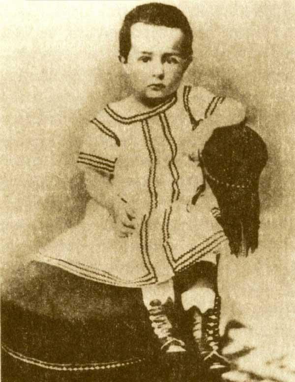 لوترک در زمان کودکی