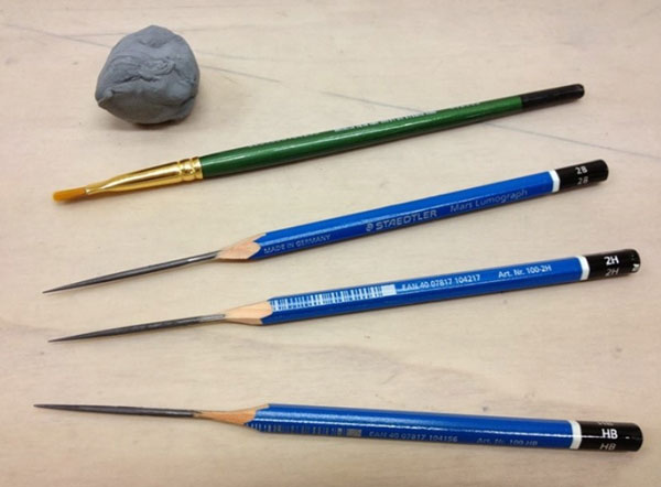 ابزار و مداد در طراحی بارگ