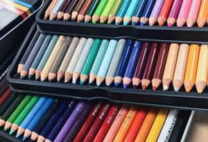 برند های مداد رنگی نقاشی