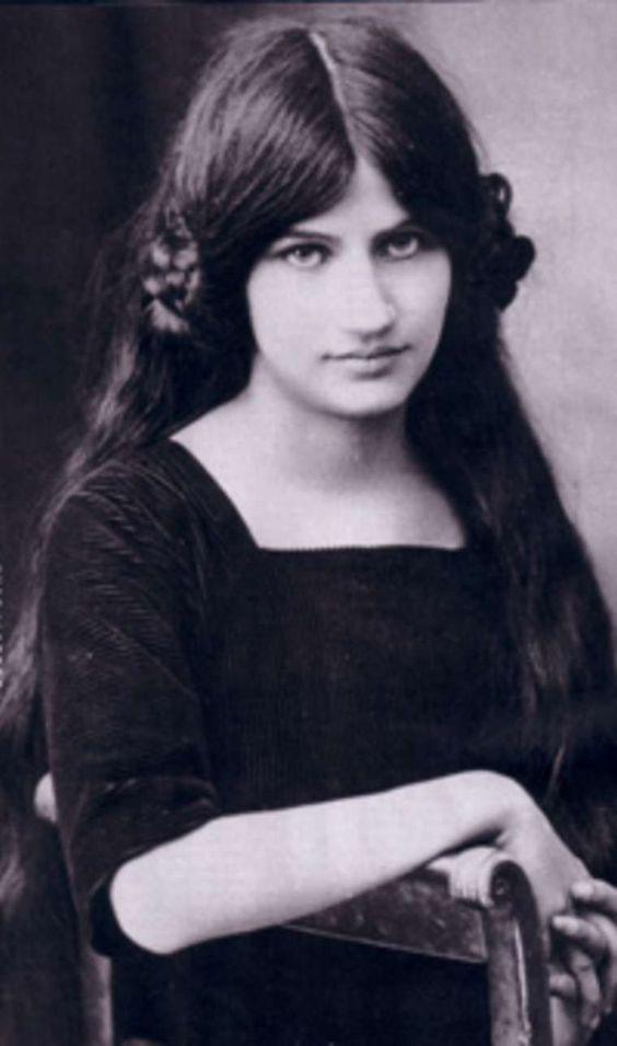 همسر مودیلیانی ، ژَن ایبوترن